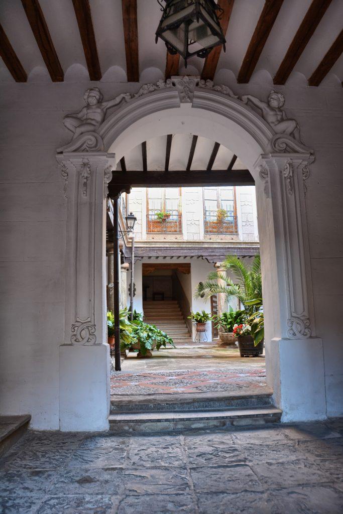Tour Patios- Arco -Vv de los Infantes (2)-HDR