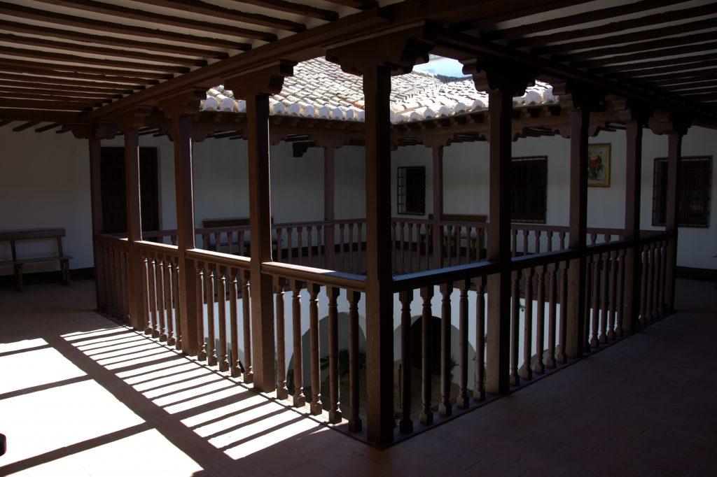 Tour Patios – Casa de los Estudios – Vv de los Infantes (10)