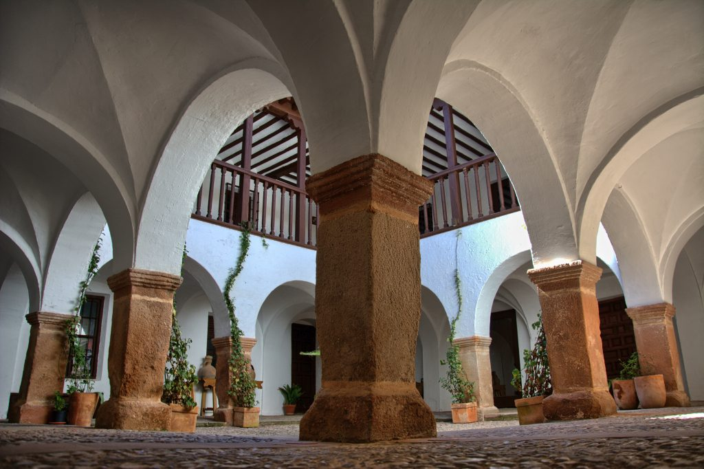 Tour Patios – Casa de los Estudios – Vv de los Infantes -(6)-HDR